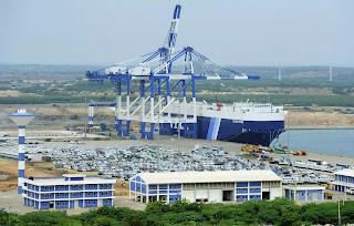 Bắc Kinh đã ký được hợp đồng thuê cảng biển Hambantota của Sri Lanka trong 99 năm. Đây là một điều kiện trong thỏa thuận giảm nợ cho Sri Lanka, khi mà người ta đang nhắc đến Trung Quốc với một khái niệm mới: Chủ nghĩa đế quốc chủ nợ, sau khi Trung Quốc mua dần các cảng biển chiến lược ở Piraeus (Hy Lạp), Darwin (Úc) và Djibouti (châu Phi).