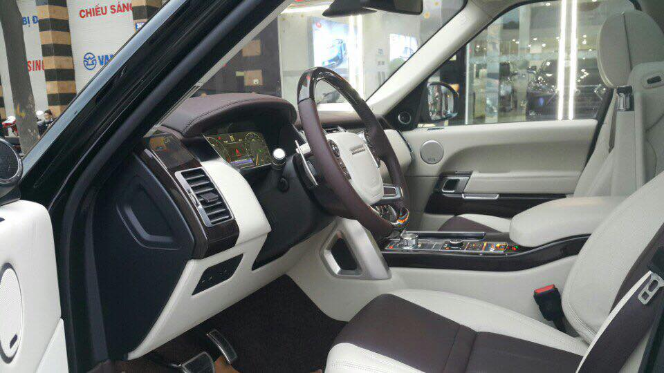 Nội thất xe Land Rover Range Rover SV Autobiograp 02