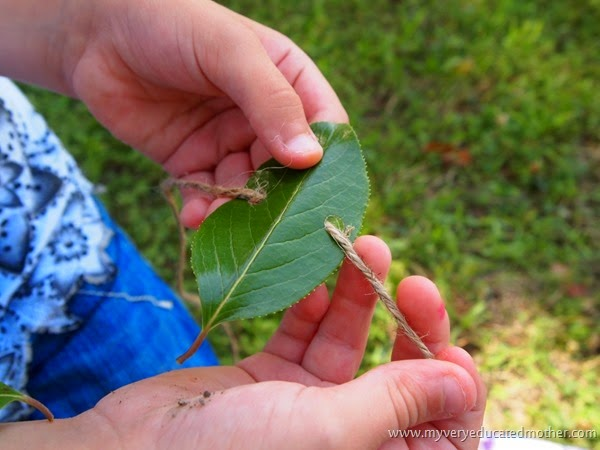 #campcraft Stringing on the leaves #kidsactivity #kidscraft