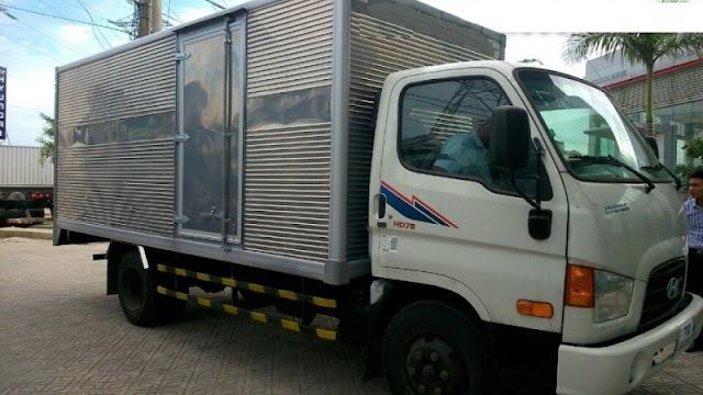 Hyundai HD78 thùng kín