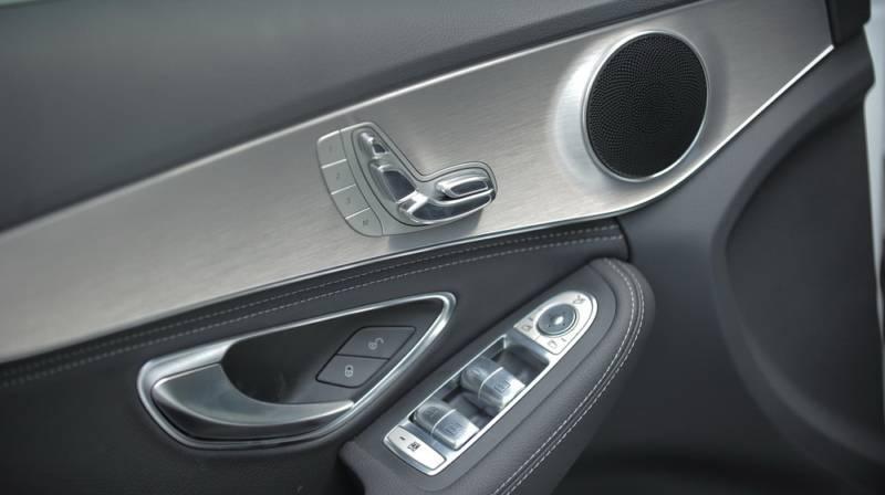 Xe Mercedes Benz C200 New Model 013