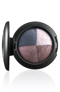 FantasyOfFlowers-EyeShadow-GreatBeyond-300