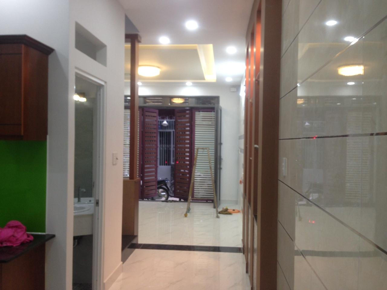 Bán nhà hẻm 146 kênh Tân Hóa Quận Tân Phú 011