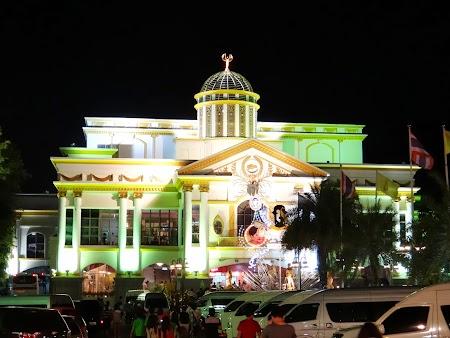 21. Show travestiti Pattaya.JPG