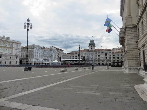 Piazza Unitá d'Italia