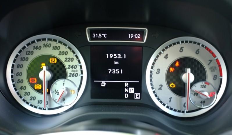 Nội thất xe Mercedes Benz A250 AMG Màu Nâu 2014 09