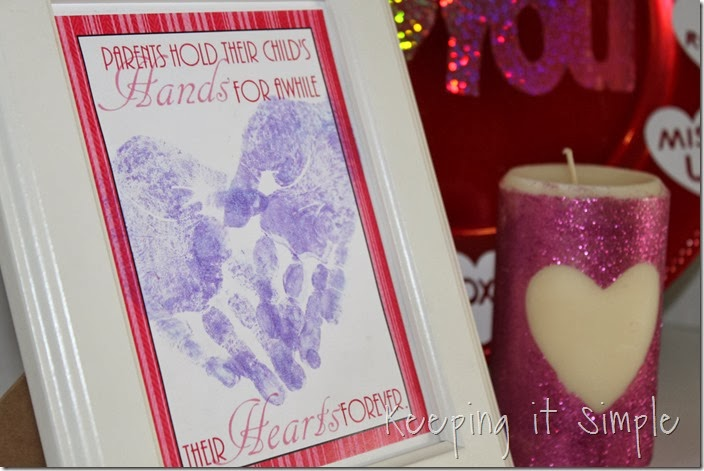 Valentine's-Day-Handprint-Heart #freeprintable (6)