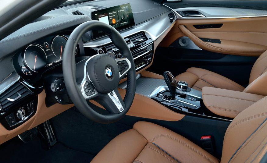 Xe BMW 520i 02