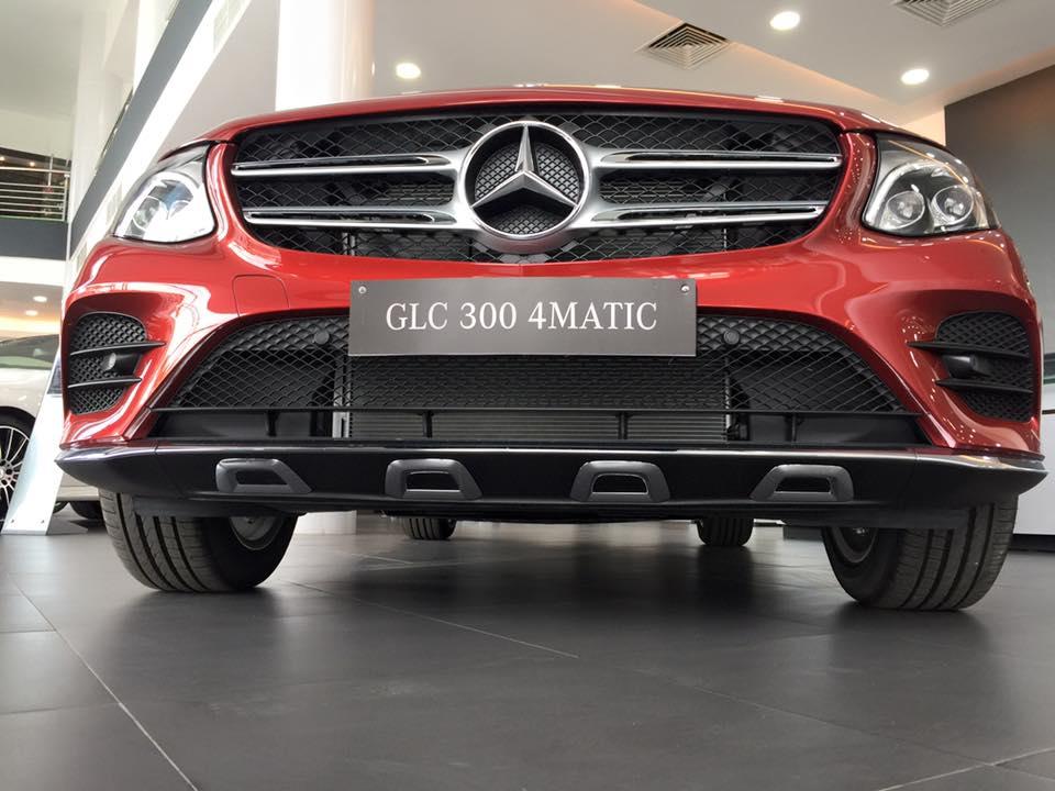 Xe Mercedes Benz GLC 300 4Matic 05
