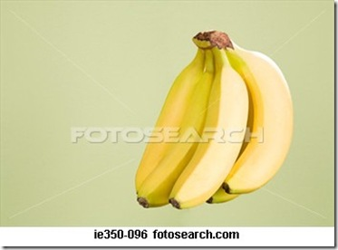 bunch-bananas_~IE350-096