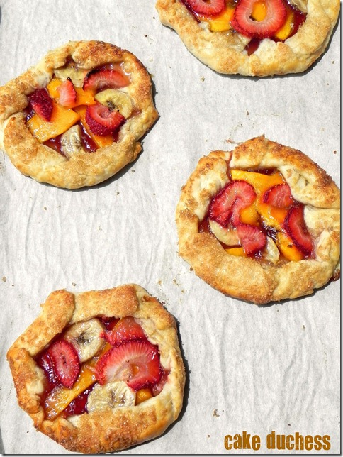 mini-mango-strawberry-tarts-1