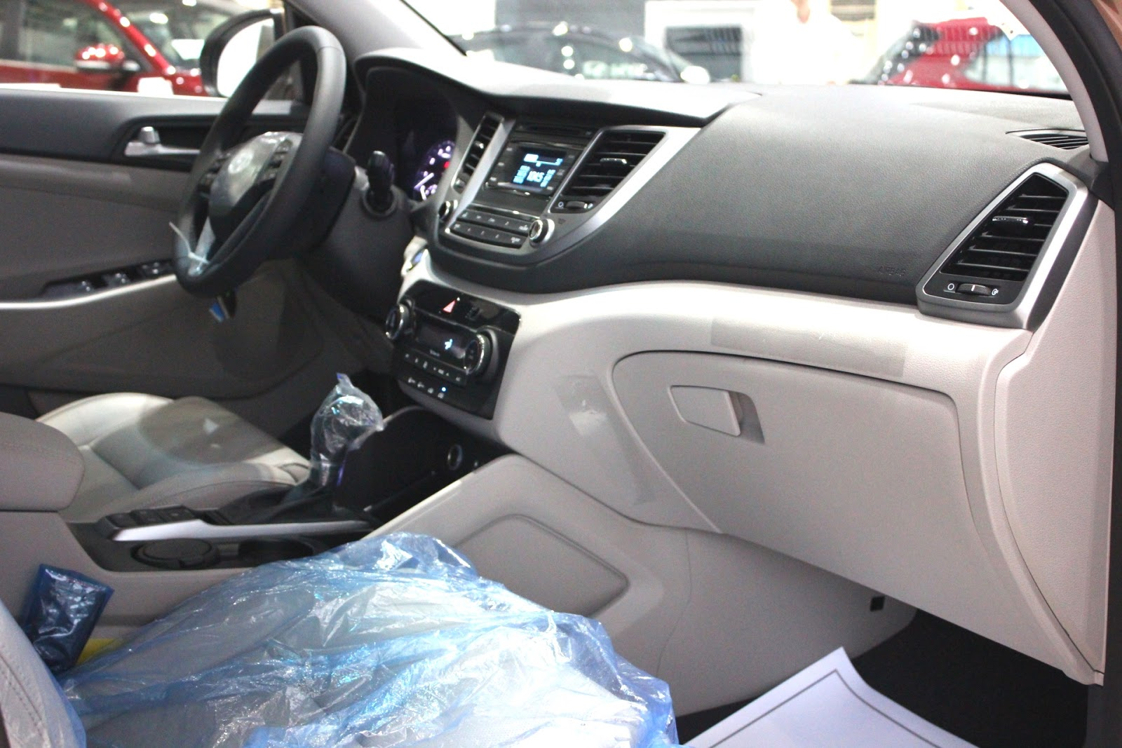 Nội thất xe Hyundai Tucson 5 chỗ màu nâu 05