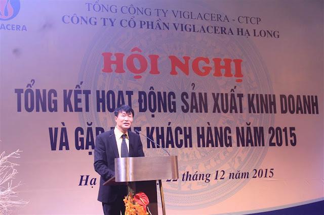 Đ/c Trần Hồng Quang - Tổng Giám đốc Công ty báo cáo kết quả SXKD của Công ty năm 2015