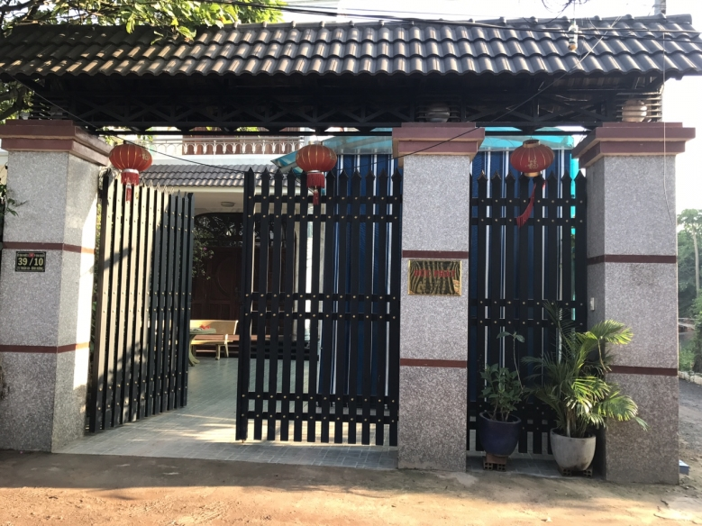 Bán biệt thự cao cấp mặt tiền hẻm đường Nguyễn Sơn Quận Tân Phú 02