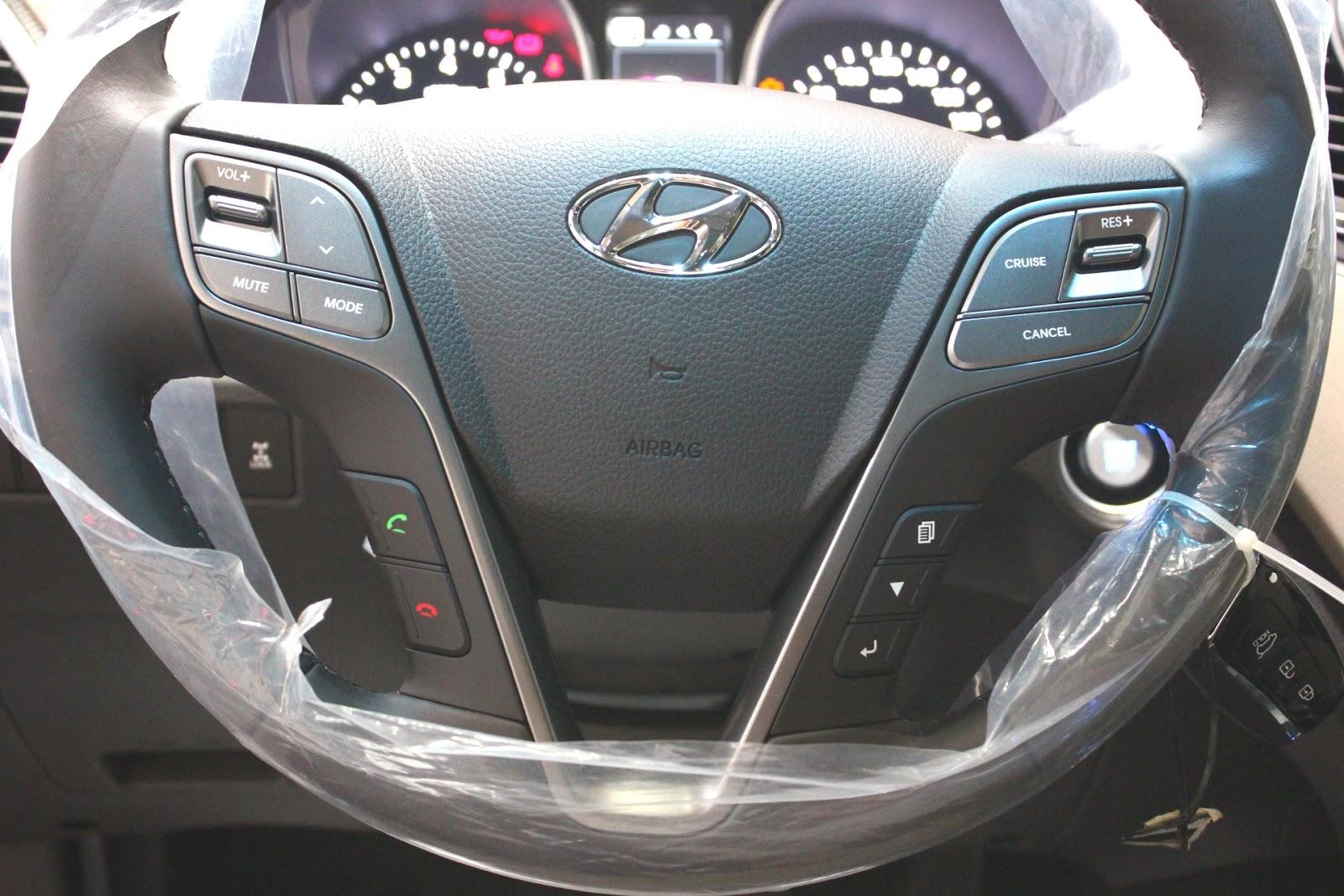Nội thất xe Hyundai Santafe New Model màu vàng cát 019