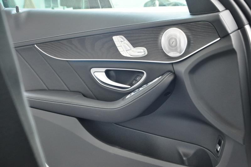 Xe Mercedes Benz C300 AMG New Model 013