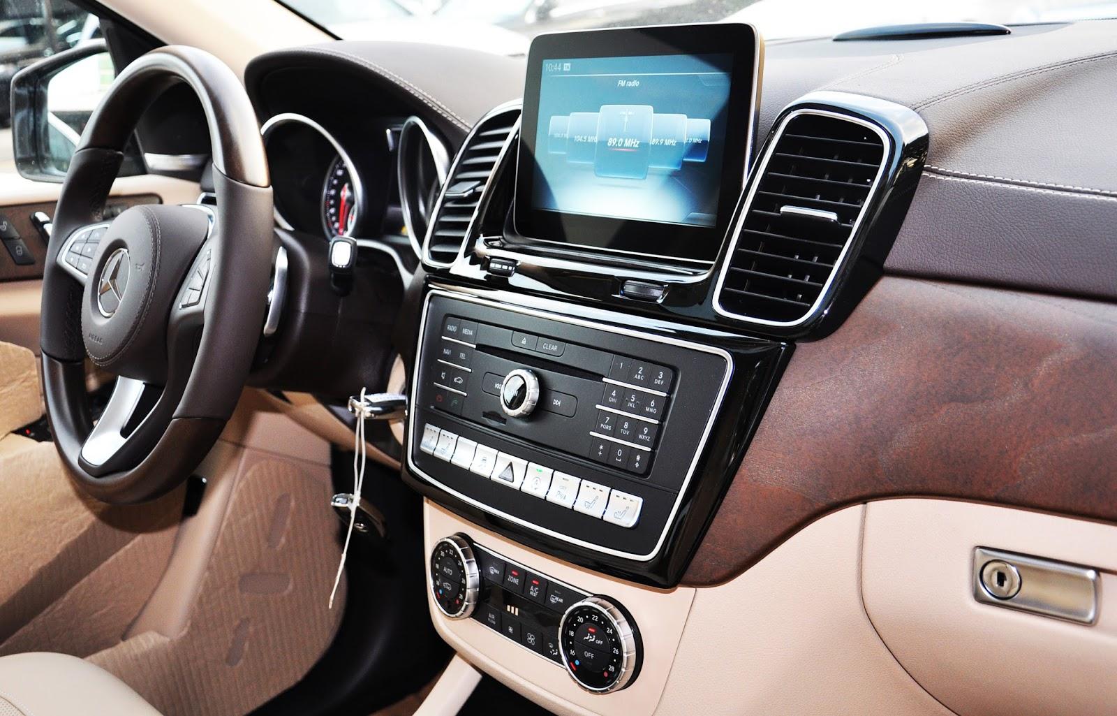 xe Mercedes Benz GLS 400 thế hệ mới 016