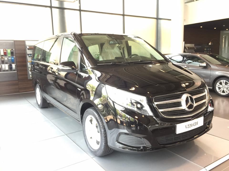 xe Mercedes Benz V220 Máy Dầu 03