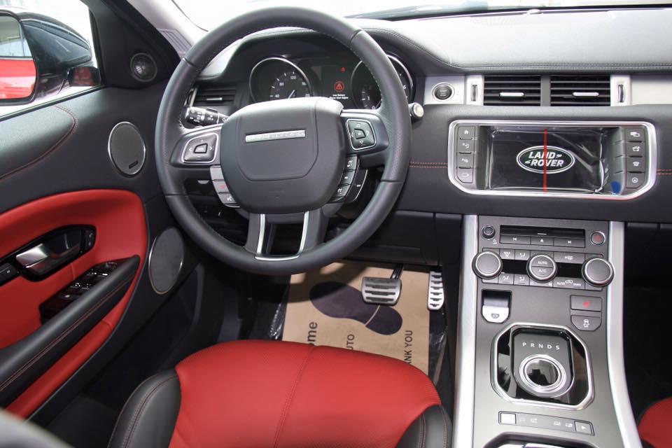 Nội thất xe Range Rover Evoque 2017 02