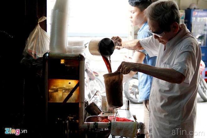 [3 QUÁN CAFE XUYÊN ĐÊM] 1. Heritage Coffee & Clothes (quận 1)