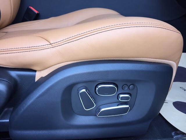 Xe Jaguar XJL Premium Luxury LWB màu đen 09