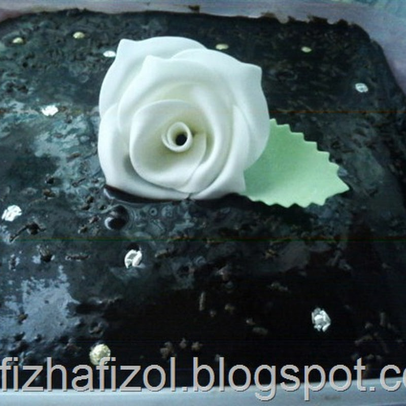 Indulgent Chocolate Moist Cake with White Rose