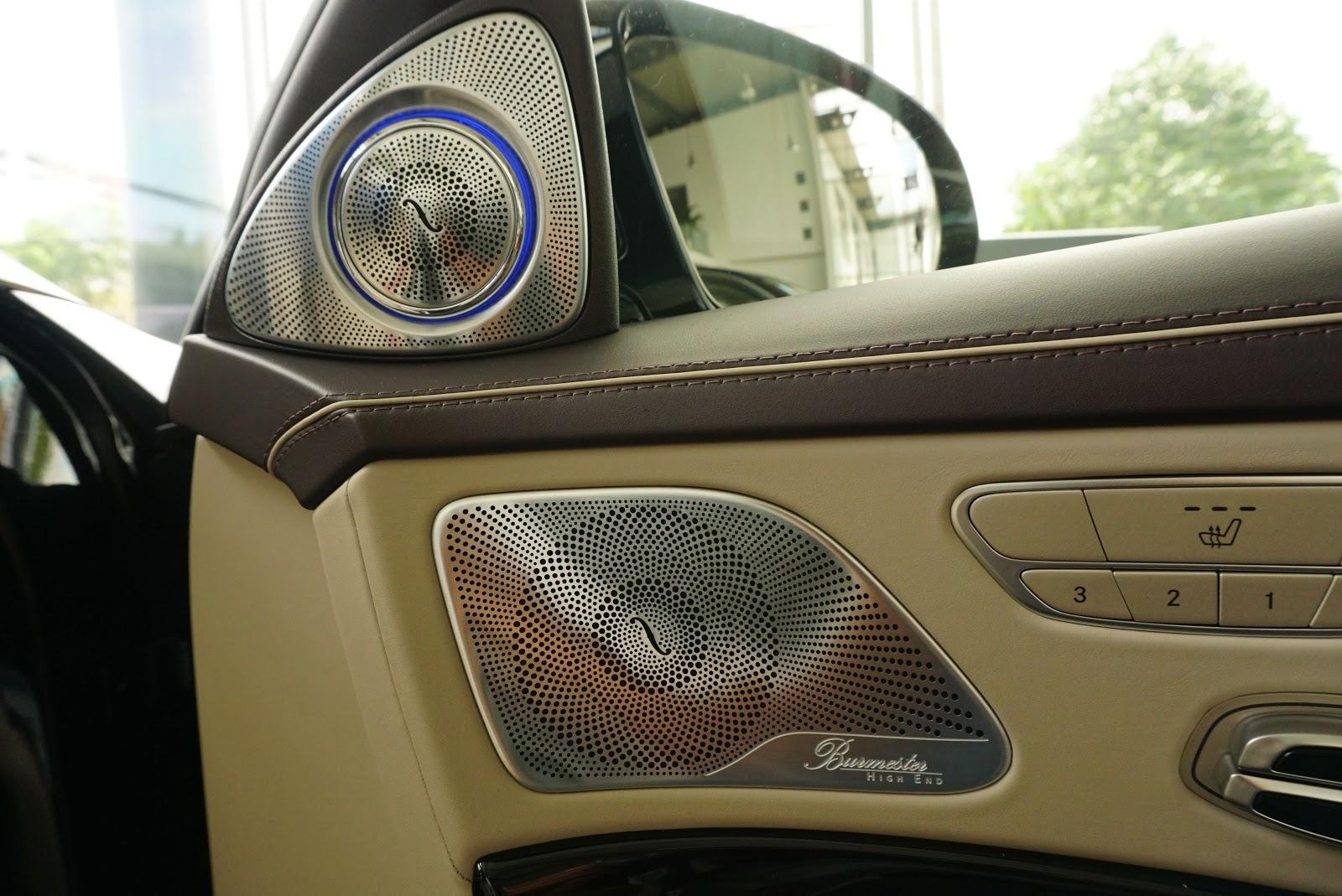 Nội Thất Xe Mercedes Benz S600 MAYBACH Màu Đen 06