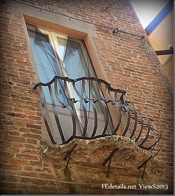 Balconcini ferraresi - Ferrara balcony, Ferrara, Italy - Photo1