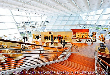 Louis Vuitton Island SingaporeTravel room to Women shoes bags ready to wear accessories