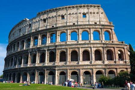 Marele amfiteatru roman din Roma antica