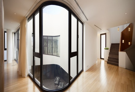 interior-casa-mop-agi-architects