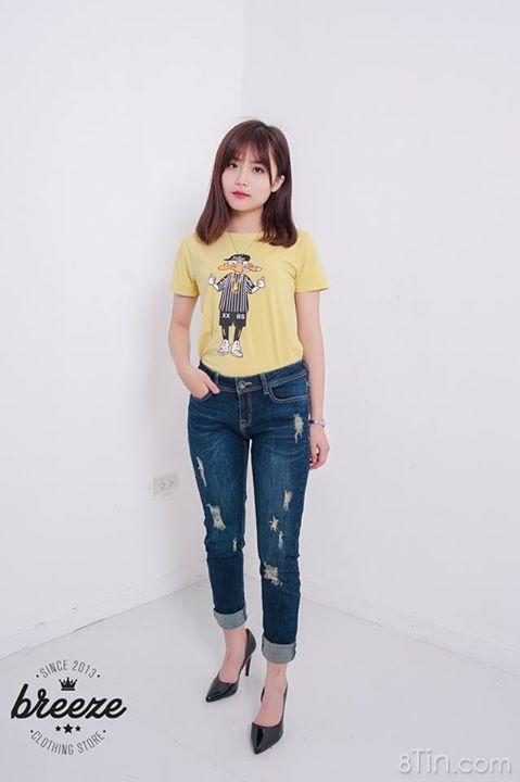 Album với TI TỈ mẫu áo phông sơ mibaggyyếm jean chân váyđẹp