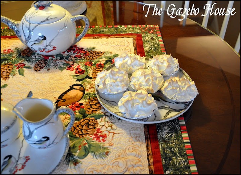 Sewing group with Chickadee quilt & tea set 036