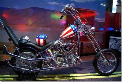 A imagem de Paul Teutul Sr. da Orange County Choppers  (http   www.orangecountychoppers.com) , da famosa série OCC da TV a Cabo  norte-americana, ... 8720a25a56