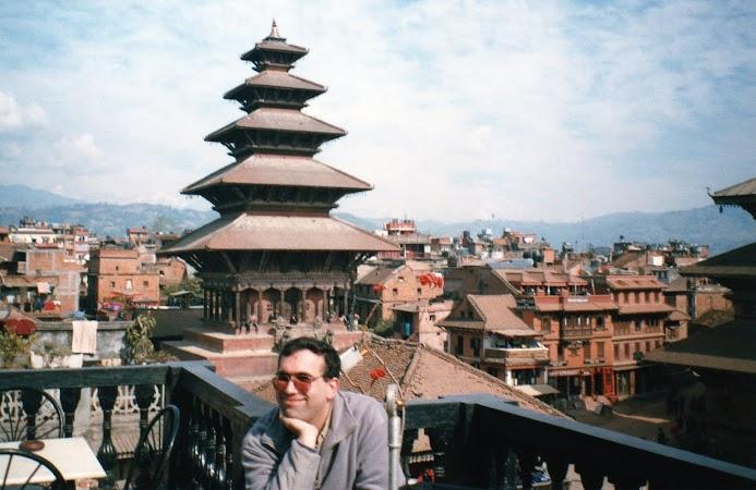 Obiective turistice Nepal: templul Nyatapole, Bhaktapur