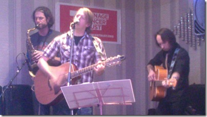 Teenage Cancer Trust concert - Sandbach - trio group United Breaks