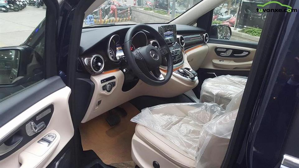 xe Mercedes Benz V220 Máy Dầu 012