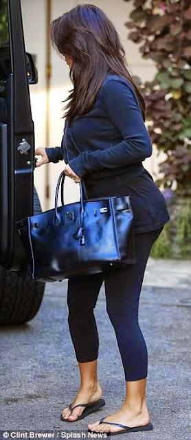 PHOTOS: Paparazzi Gets A Picture Of Kim Kardashians Ass