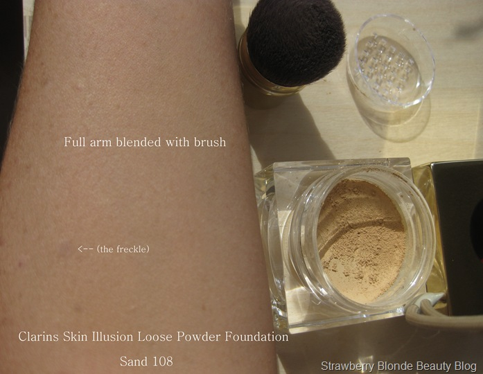 Skin Illusion Loose Powder Foundation by Clarins #22