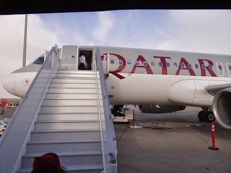 27. Urcare la Qatar Airways.JPG
