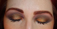 close up of eyes with bellapierre shimmer powders