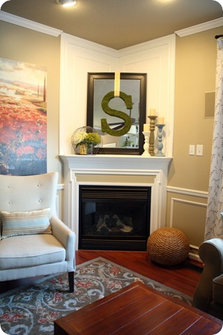 Awesome A Fireplace Redo From Thrifty Decor Chick Interior Design Ideas Oxytryabchikinfo
