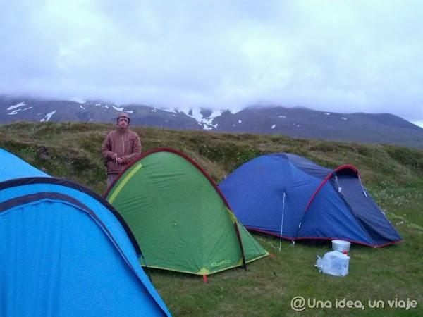 Islandia-Snaefellsjokull-acampar.jpg