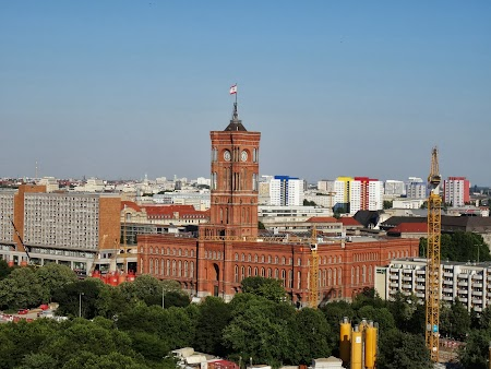 Obiective turistice Berlin: Primaria Rosie