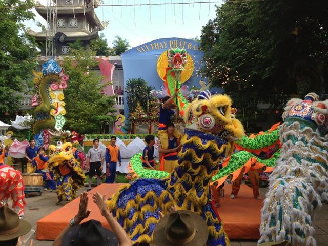 IMG 1972%252520%25252815%252529 Đại lễ Phật đản PL 2557 tại Tu viện Quảng Hương Già Lam