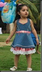 ajith_daughter_anoushka_latest_photos