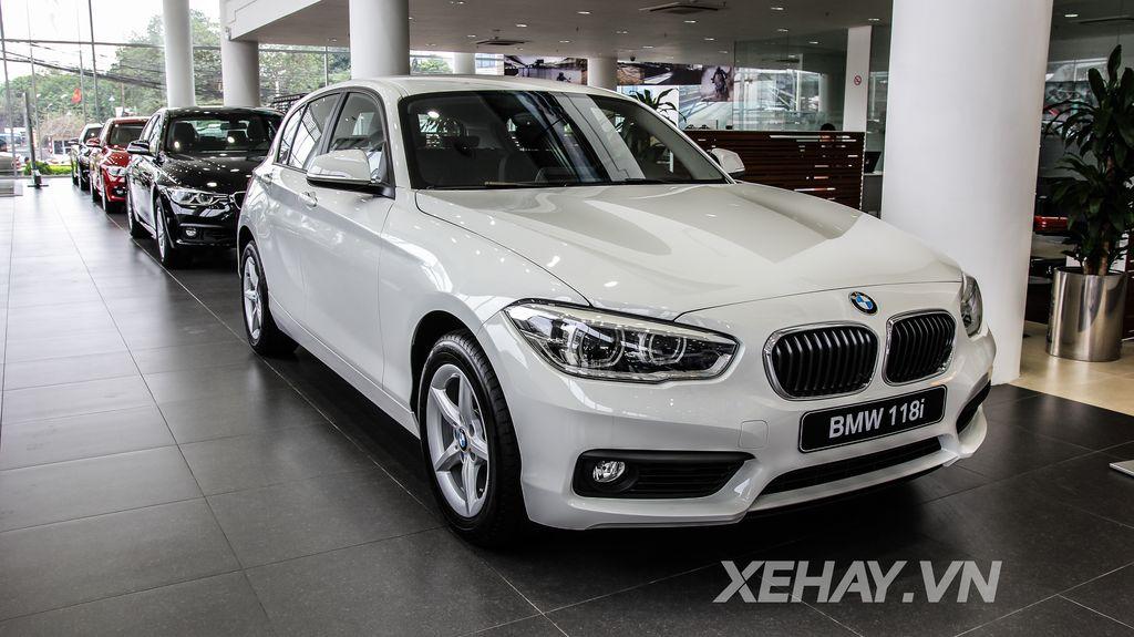 Xe BMW 118i màu trắng 02