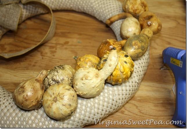 Preserved Gourd Wreath Step5
