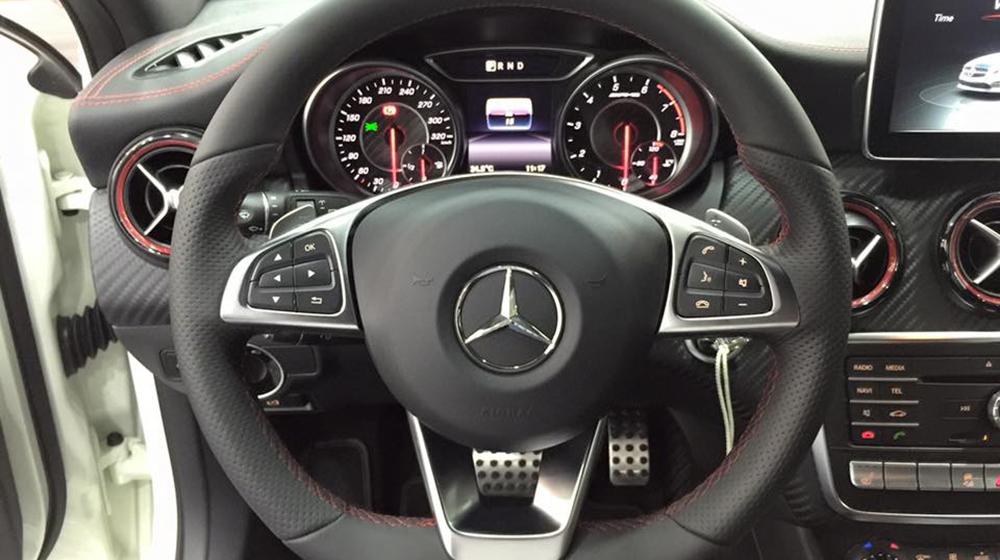 Mercedes Benz A45 AMG thế hệ mới 02