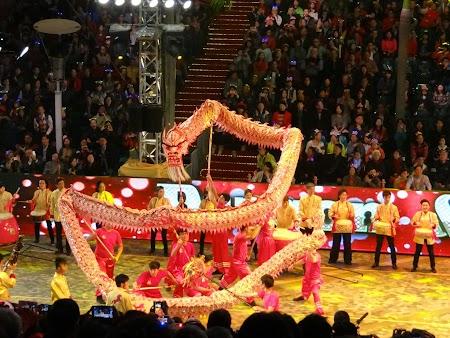 17. Dansul dragonului.JPG